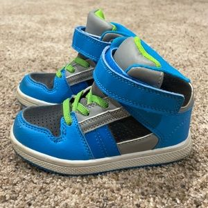 high Top Skate Shoes Toddler Size 8